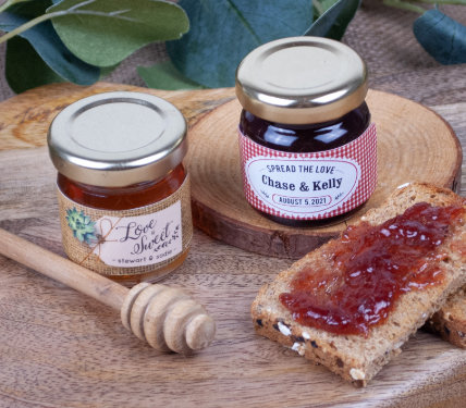 PERSONALIZED JAM AND HONEY WEDDING FAVORS