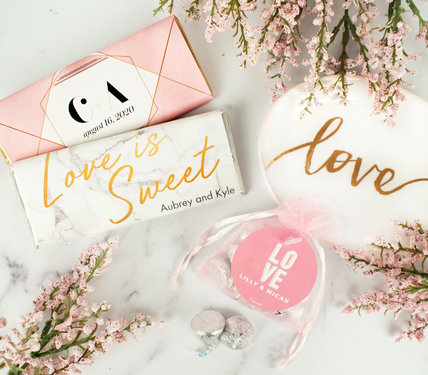 Personalized Modern Wedding Favors