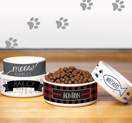Personalized Holiday Pet Bowls