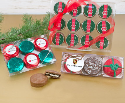 Shop Holiday Oreo Gifts