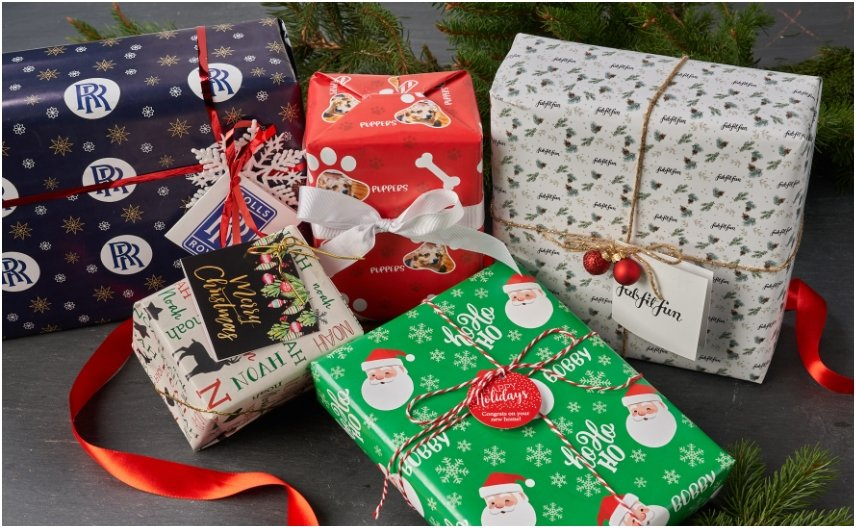 Personalized Holiday Gift Wrap