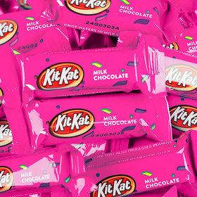 Pink Kit Kat Snack Size Crisp Wafers