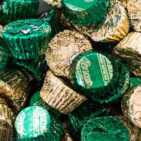 Reese's Peanut Butter Cups with Gold & Green Foil Mix